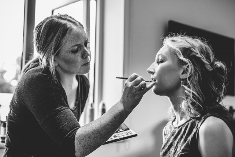 Bridal Make-up at Oxleaze Barn by Bigeye Photography