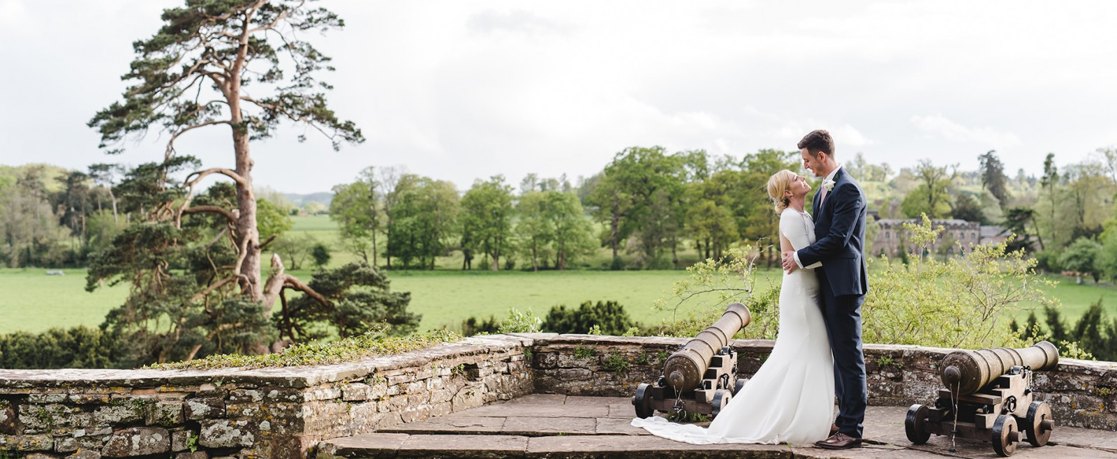 Gloucestershire wedding photography image